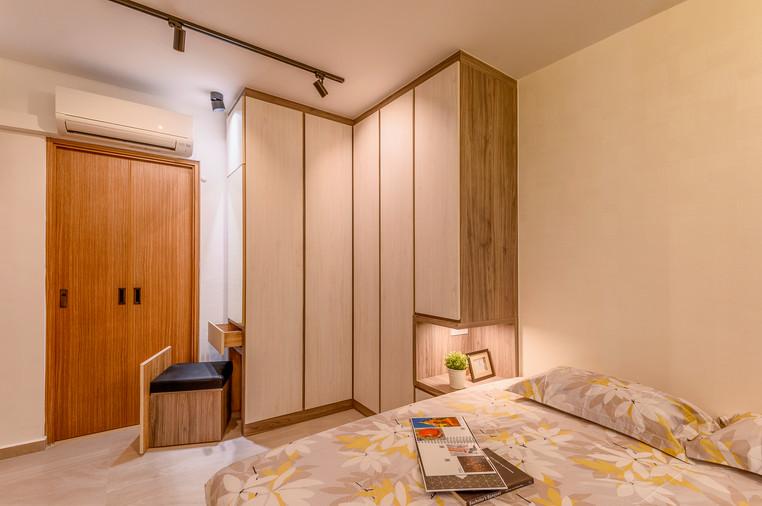 Bukit Batok West Ave 5 | Bedroom