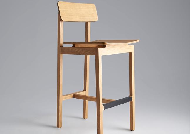 langdon_stool-backrest_850_3quarter_1500