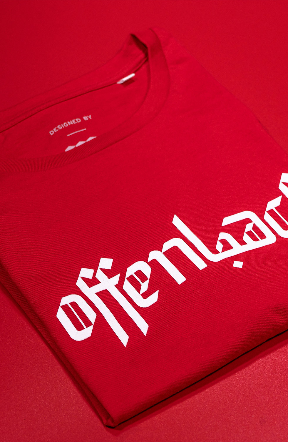 CLASSIC T-SHIRT - RED