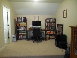 office nook upstairs.JPG