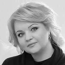 Jana Krimpe-BW.jpg