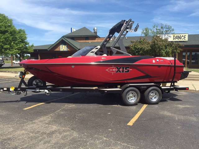 Axis A-20 Ski Boat - Half Day (4hrs)
