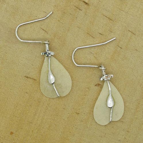 Elmseeds oorbellen zilver (925) beige