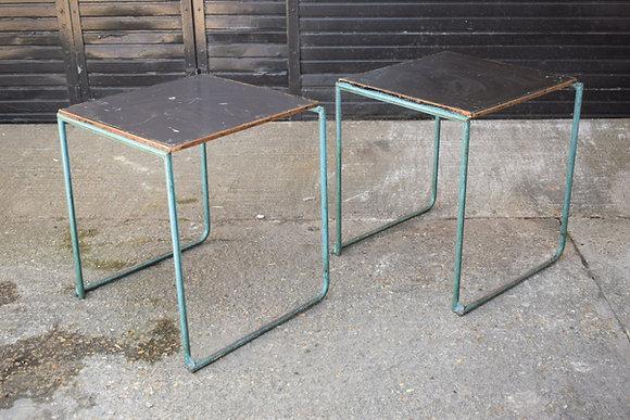 Old School Table / Metal
