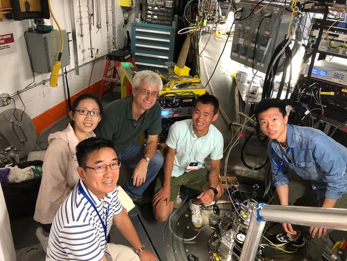 Prof. Xun-Li Wang and his research team worked atSpallation Neutron Source, Oak Ridge National Laboratory, U.S.A.