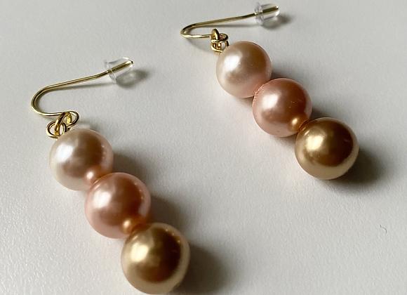 Niswi Pearl Earrings