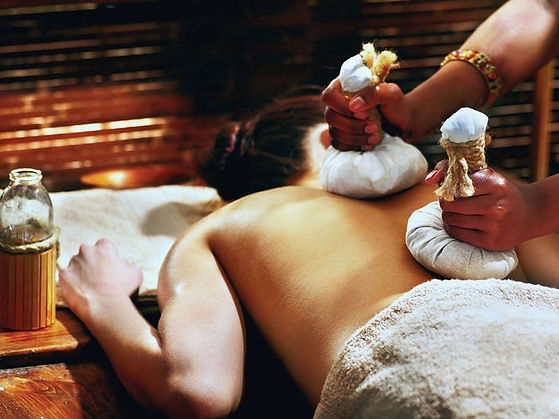 what-is-ayurvedic-massage-261536-1530035