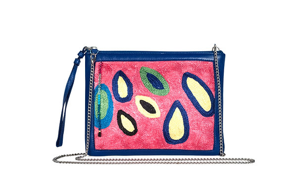 Lively Clutch
