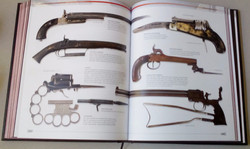 История оружия (от каменного топора..._edited.jpg