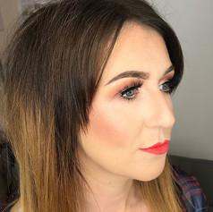 Sister sister 😘 half cut crease and her signature red lip ✨❤️_._._.jpg