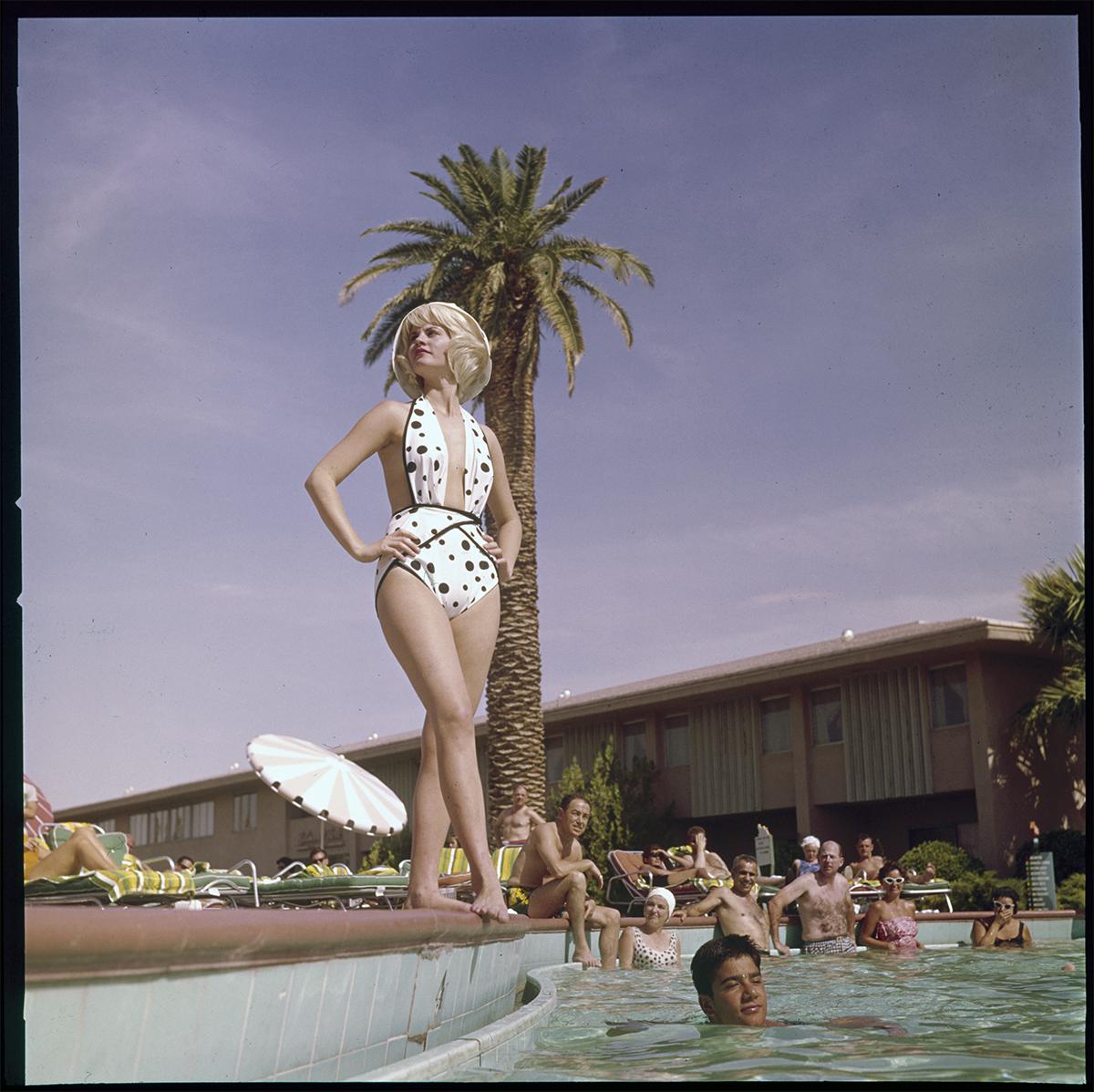 1950's poolside model