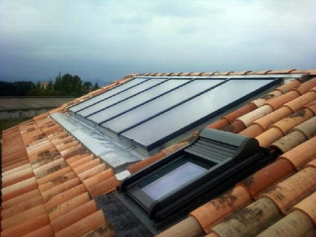 panneaux solaires plats