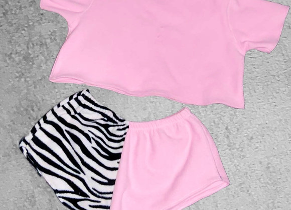 The short sleeved boxy crop top & mini shorts set