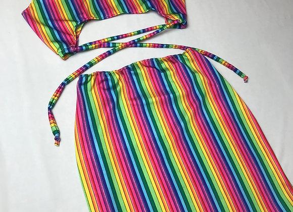 The scoop neck underboob top & skirt set