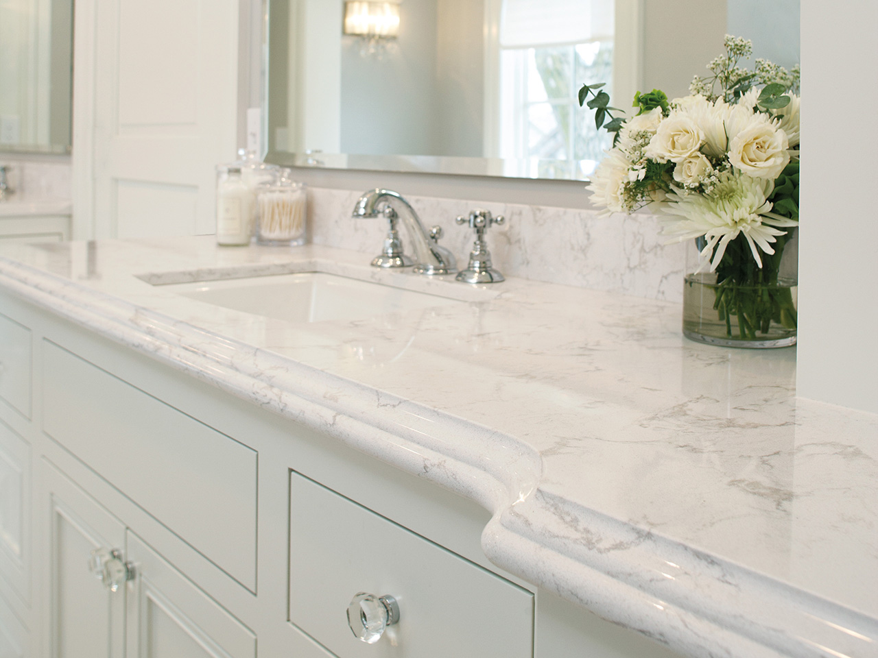white-ceramic-sink-vanity-with-white-cam