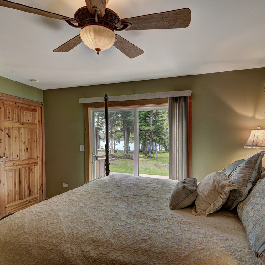 bedroom in cabins northern wisconsin