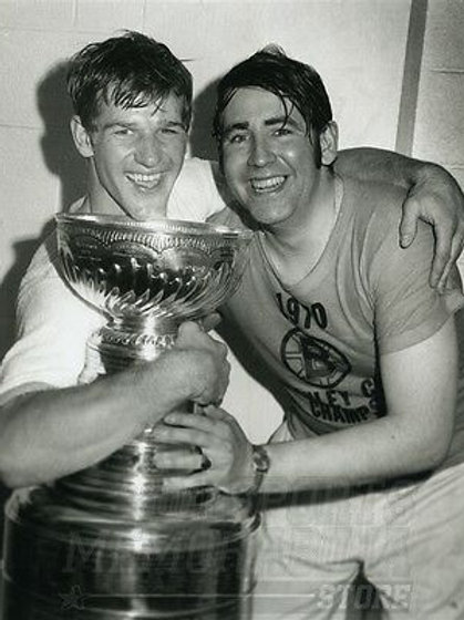 Bobby Orr  Frosty Forristall Boston Bruins w/Stanley Cup  8x10 11x14 16x20 4224