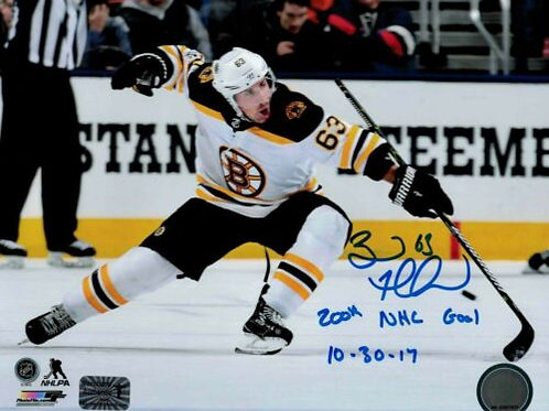 Brad Marchand Boston Bruins Signed Inscribed  200th NHL Goal 8x10 Photo