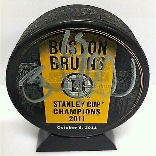 Brad Marchand Boston Bruins signed Stanley Cup Champions banner puck