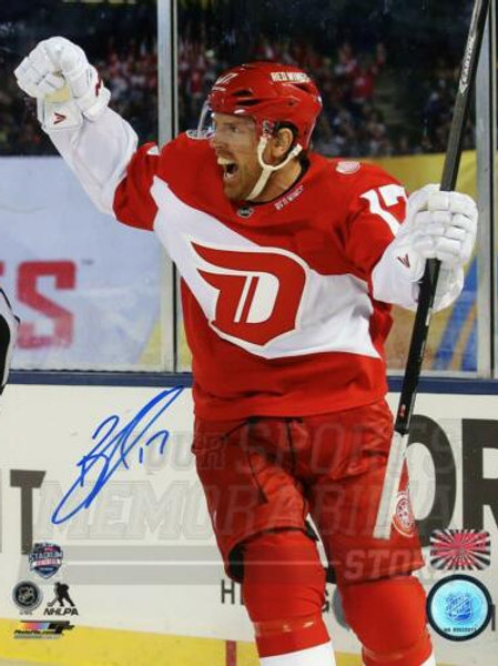 Brad Richards Detroit Red Wings Signed Autographed Stadium Series Goal 8x10