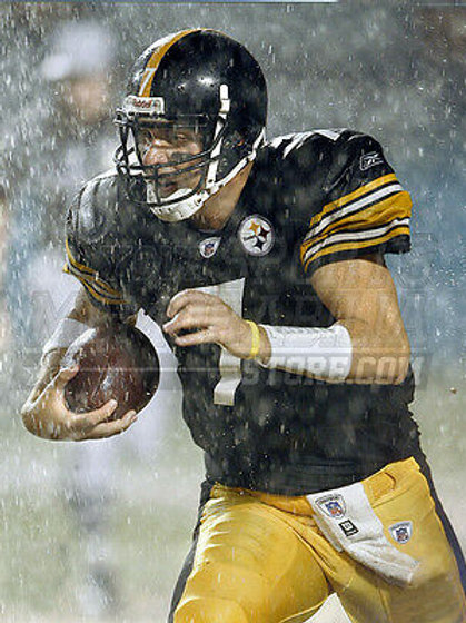 Ben Roethlisberger Pittsburgh Steelers running SNOW 8x10 11x14 16x20 photo 438