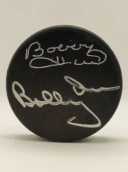 Bobby Hull Bobby Orr Chicago Blackhawks DUAL signed black puck