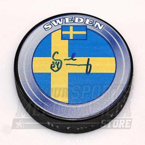 Carl Soderberg Signed Autographe?d Team Sweden Hockey Puck