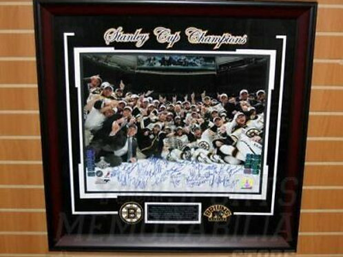 Boston Bruins Stanley Cup Champions Team Signed Autographed 16x20 Framed