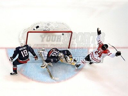 Corey Perry Team Canada Aerial Goal Celebration 8x10 11x14 16x20 photo 1053