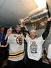 Chara & Campbell Boston Bruins Locker Room Cup Celebration 8x10 11x14 16x20 1942