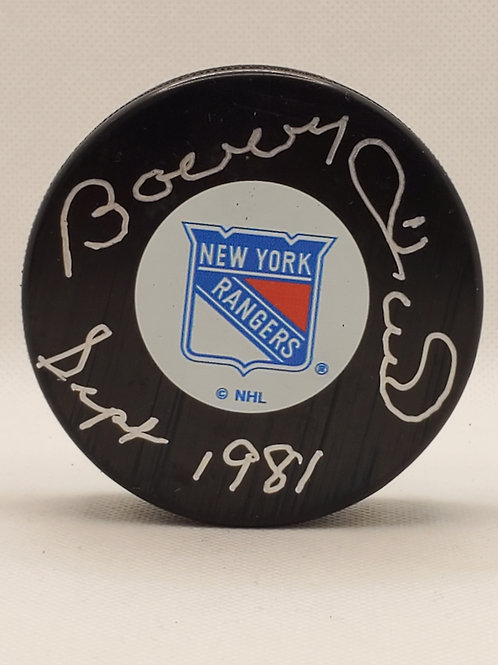 Bobby Hull New York Rangers signed RARE puck and inscription SEPT 1981