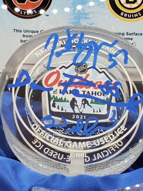 Brad Marchand Patrice Bergeron David Pastrnak Boston Bruins signed GU ICE