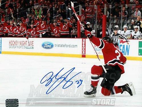 Bobby Farnham New Jersey Devils Signed Autographed Goal Celebration on Knee 8x10