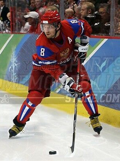 Alexander Ovechkin Russia 2010 Olympics action shot  8x10 11x14 16x20 photo 1145