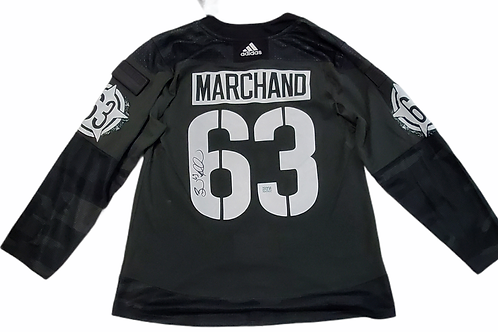 Brad Marchand Boston Bruins signed Authentic Jersey STS Military 2021