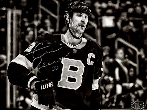 Zdeno Chara Boston Bruins Signed Autographed B/W Close Up Alternate 16x20