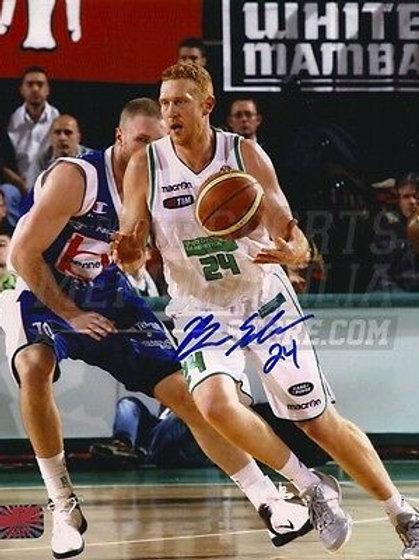 Brian Scalabrine Signed Italy Benetton Treviso Action 8x10 Celtics Bulls Nets