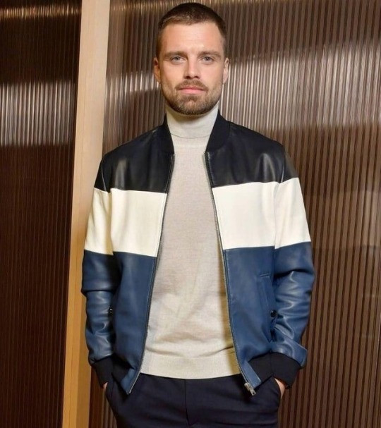 Sebastian Stan in another Hug Boss look, this time for their FW2018 show at NYFW. Styled by John Tan.