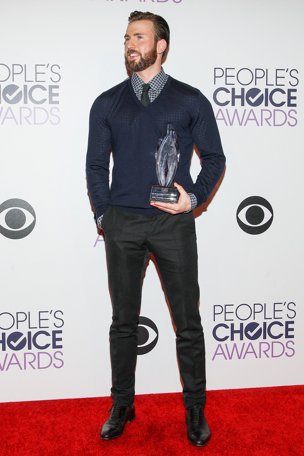 "Sporting a slightly less formal look (albeit, still Gucci) for the People's Choice Awards in 2015. It gives me ""Steve Rogers off-duty"" vibes and I love it! Styled by Ilaria Urbinati."