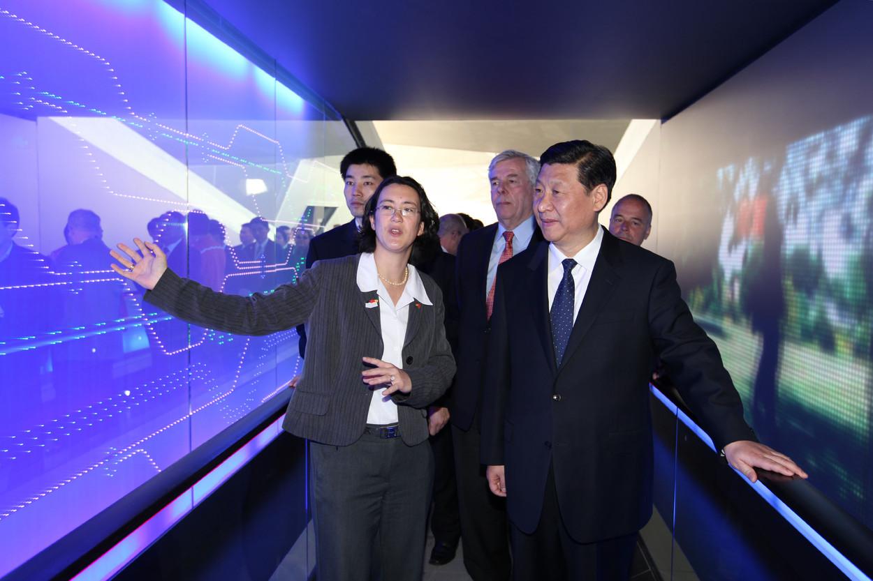 Expo 2010 President Xi JinPing