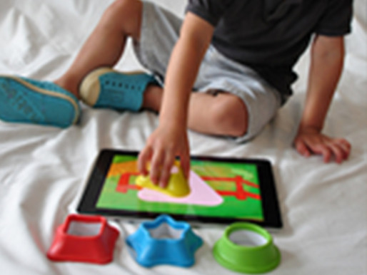 Combining Digital and Physical Play