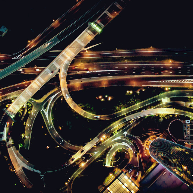 Smart cities, eco mobility and future of transport
