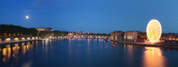 Panorama_from_pont_Saint-Pierre_in_Toulouse_-_2012-08-31