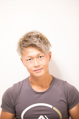 上田_edited.jpg
