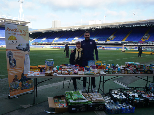 Blues shot-stopper supports Suffolk food charity