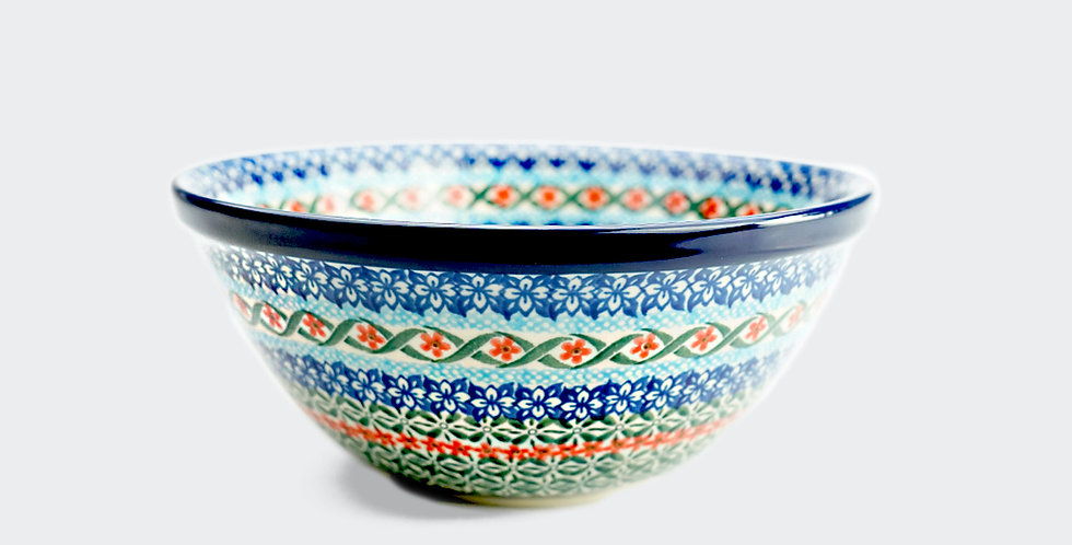Polish pottery small serving bowl. Distributed internationally by recorded delivery. High quality British interiors.