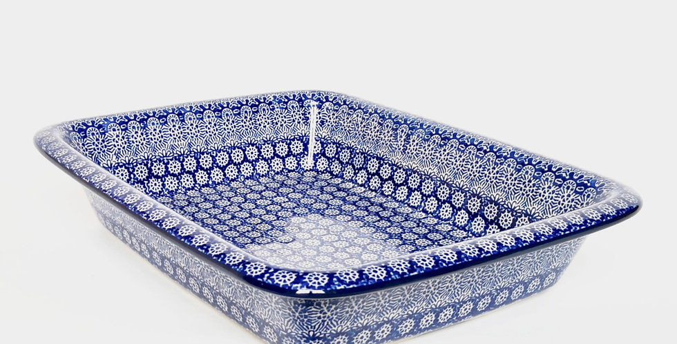 Large Lipped Baking Dish in Blue Trellis