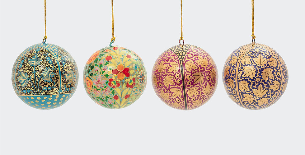 Christmas decorations available for quick online delivery. Beautiful, high quality and ethically sourced.
