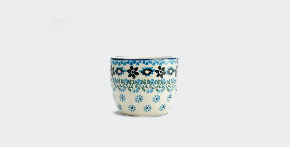 Small ceramic polish pottery cup in Emilia. Polish pottery retailer and online outlet. Interiors UK and Yorkshire.