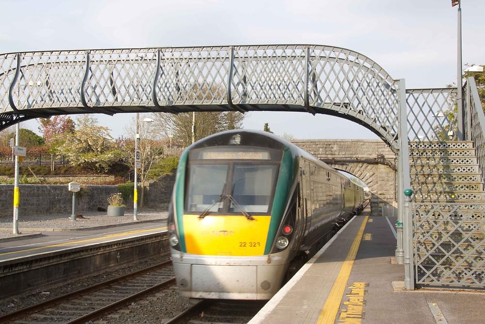 Irish Rail Engine entering Athenry Station